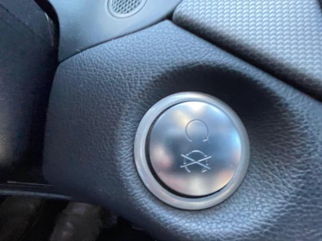 2018 Mercedes-Benz CLA-Class CLA 250 AWD  Navigation /Panoramic Sunroof /Camera Photo14
