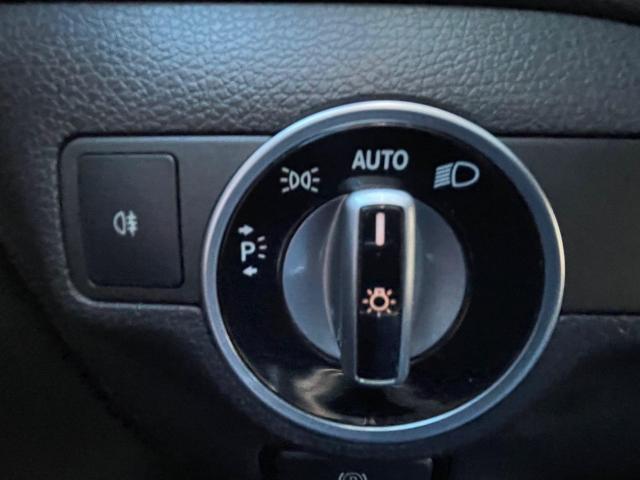 2018 Mercedes-Benz CLA-Class CLA 250 AWD  Navigation /Panoramic Sunroof /Camera Photo15