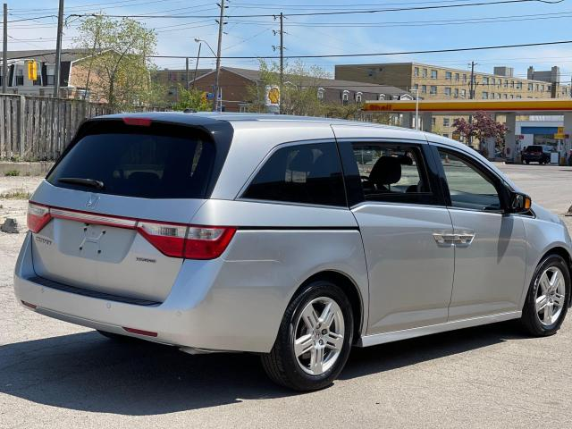 2012 Honda Odyssey Touring Navigation /DVD/Sunroof /Camera Photo5