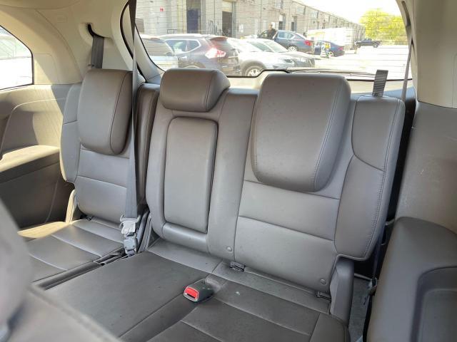 2012 Honda Odyssey Touring Navigation /DVD/Sunroof /Camera Photo8