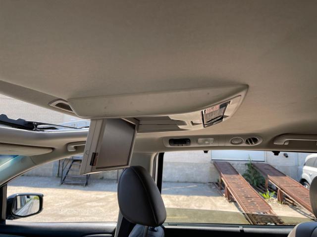 2012 Honda Odyssey Touring Navigation /DVD/Sunroof /Camera Photo10