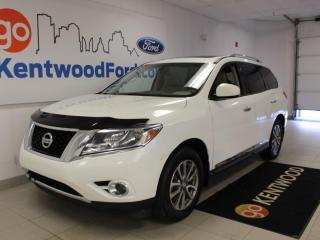 Used 2014 Nissan Pathfinder SL | AWD | Leather | Sunroof | One Owner Trade for sale in Edmonton, AB