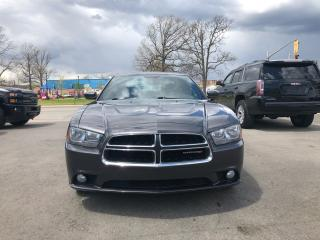 Used 2013 Dodge Charger SXT for sale in Hamilton, ON