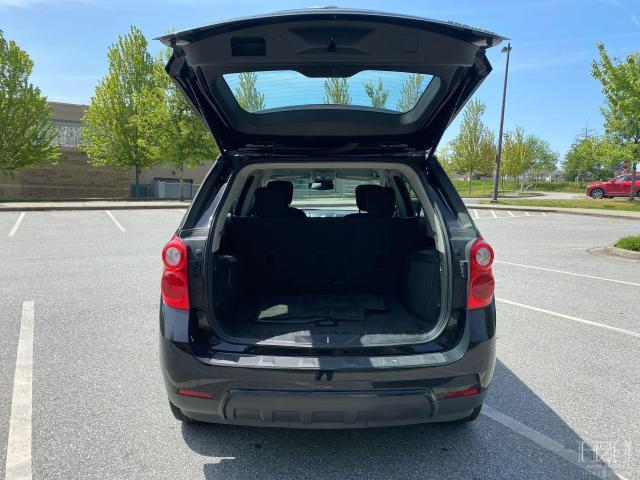 2015 Chevrolet Equinox LS Photo4