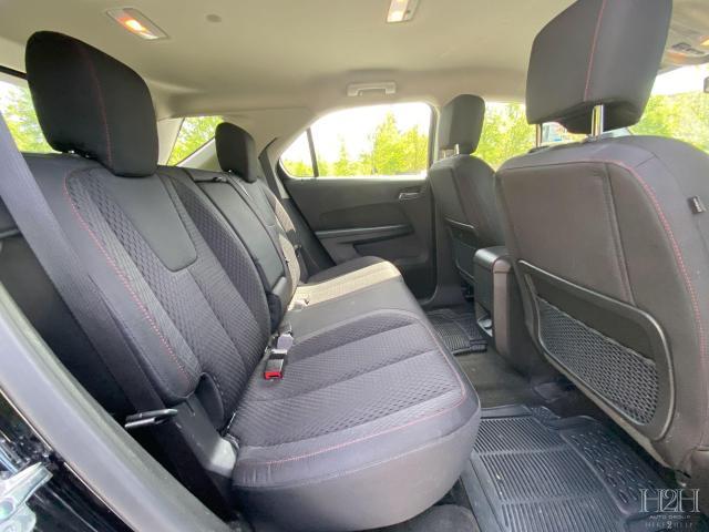 2015 Chevrolet Equinox LS Photo9