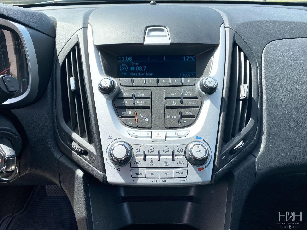 2015 Chevrolet Equinox LS Photo15