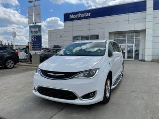 Used 2018 Chrysler Pacifica Hybrid HYBRID/TOURING/PLUS/LEATHER/NAV/BACKUPCAM for sale in Edmonton, AB