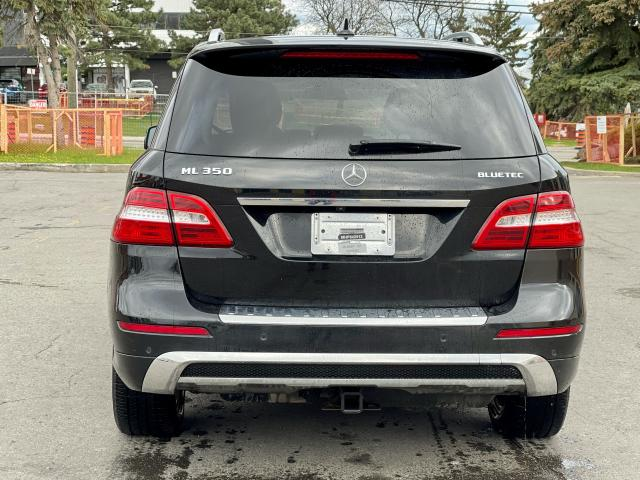 2012 Mercedes-Benz M-Class ML 350 BlueTEC  Navigation /Panoramic Sunroof /Leather Photo5