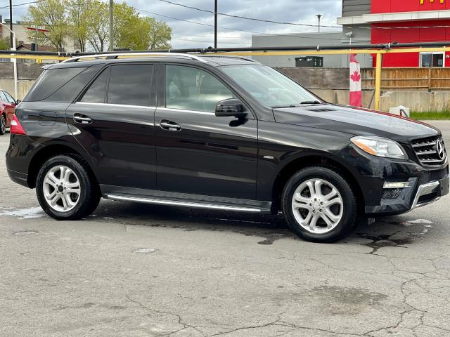 2012 Mercedes-Benz M-Class ML 350 BlueTEC  Navigation /Panoramic Sunroof /Leather Photo7
