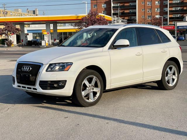 2012 Audi Q5 3.2L Premium  Plus Navigation /Panoramic Sunroof Photo7