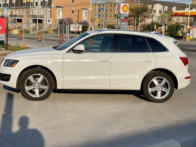 2012 Audi Q5 3.2L Premium  Plus Navigation /Panoramic Sunroof Photo6