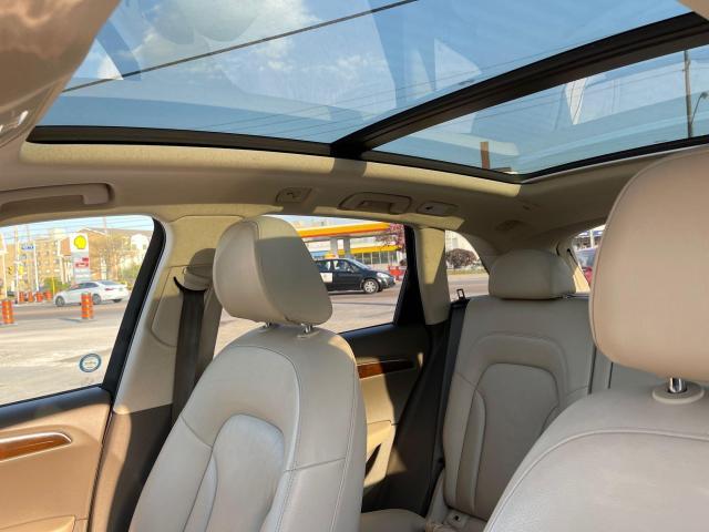 2012 Audi Q5 3.2L Premium  Plus Navigation /Panoramic Sunroof Photo9