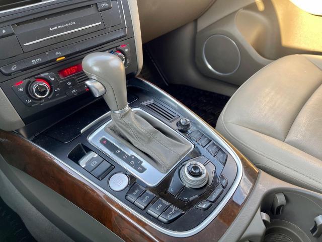 2012 Audi Q5 3.2L Premium  Plus Navigation /Panoramic Sunroof Photo11