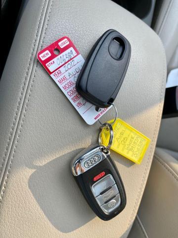 2012 Audi Q5 3.2L Premium  Plus Navigation /Panoramic Sunroof Photo13