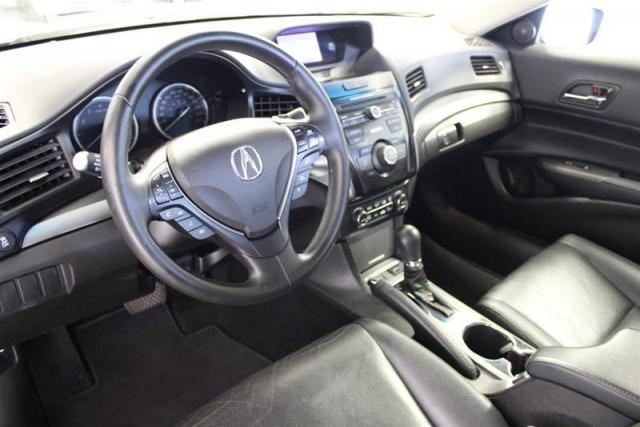 2014 Acura ILX WE APPROVE ALL CREDIT.