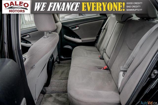 2012 Toyota Prius HYBRID / BACK UP CAM / BLUETOOTH Photo12