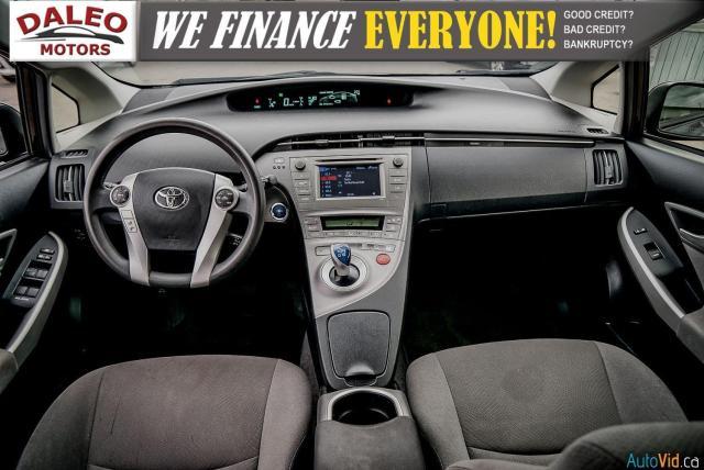 2012 Toyota Prius HYBRID / BACK UP CAM / BLUETOOTH Photo13