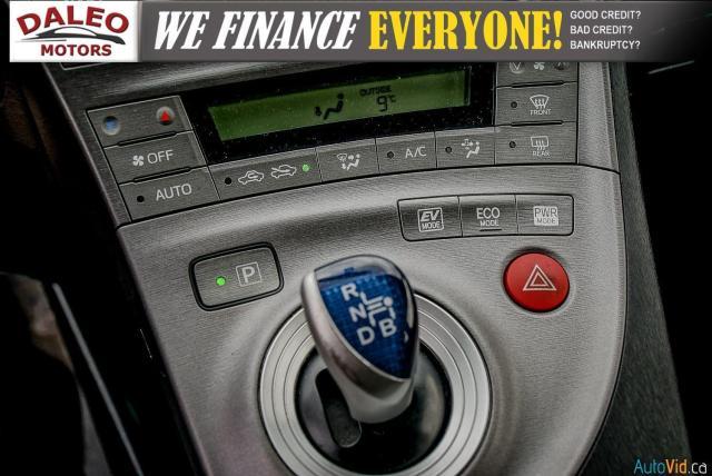 2012 Toyota Prius HYBRID / BACK UP CAM / BLUETOOTH Photo20