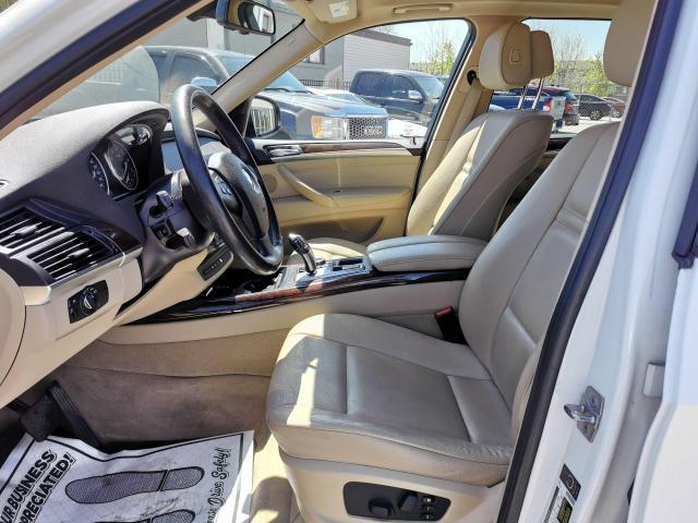 2010 BMW X5 30i Photo10
