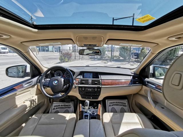 2010 BMW X5 30i Photo11