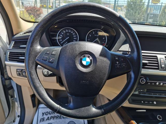 2010 BMW X5 30i Photo16