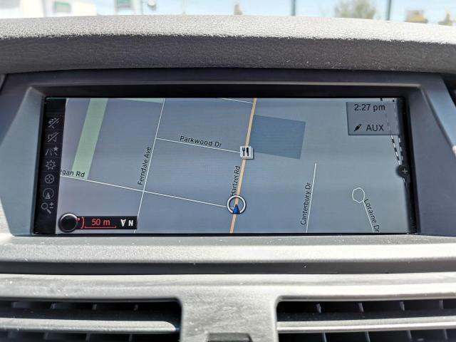 2010 BMW X5 30i Photo22