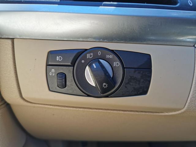 2010 BMW X5 30i Photo23