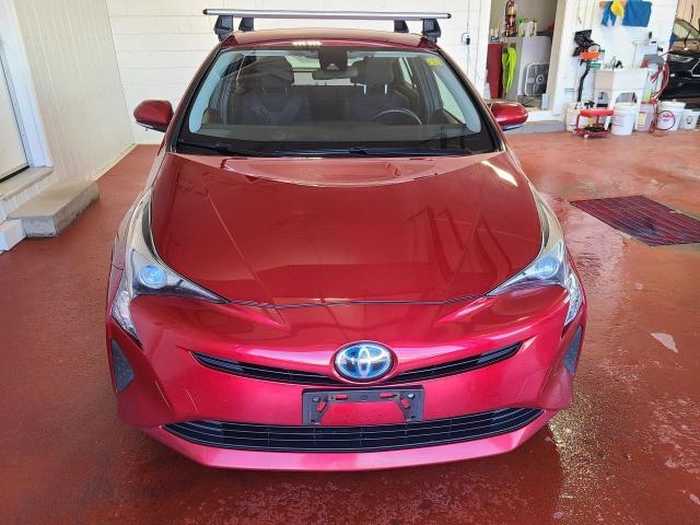 2017 Toyota Prius  Photo5