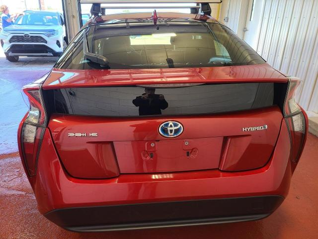 2017 Toyota Prius  Photo7