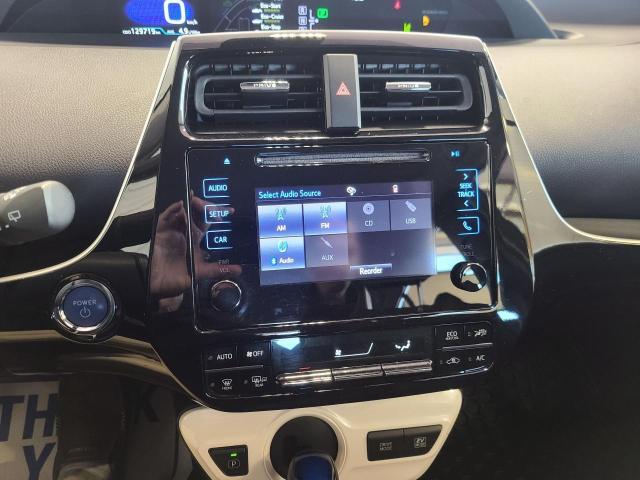 2017 Toyota Prius  Photo13