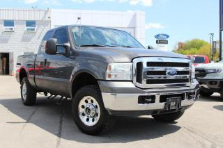 Used 2005 Ford F-250 XLT for sale in Hamilton, ON