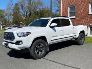 Used 2018 Toyota Tacoma SR5 TRD SPORT UPGRADE-LEATHER+SUNROOF+MORE! for sale in Cobourg, ON