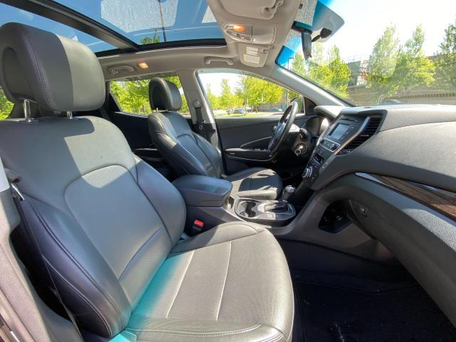 2017 Hyundai Santa Fe Sport SE Photo12