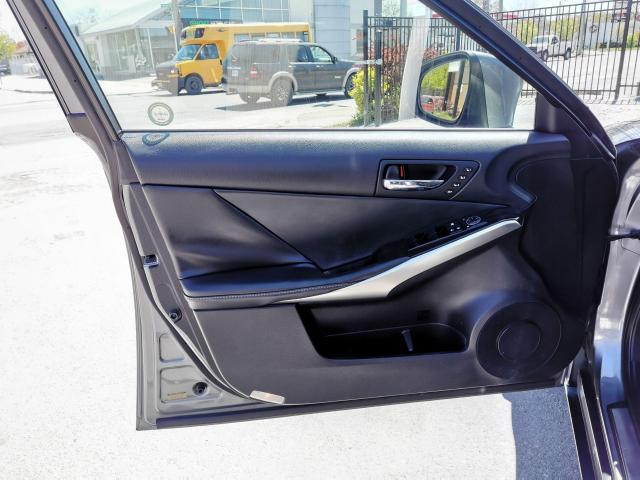2014 Lexus IS 250 SPORT Photo13