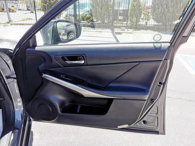 2014 Lexus IS 250 SPORT Photo36