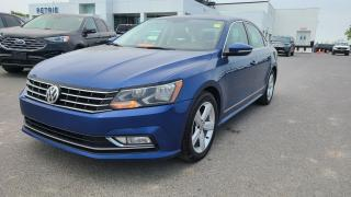 Used 2016 Volkswagen Passat TSI Comfortline - HEATED LEATHER, MOON ROOF for sale in Kingston, ON
