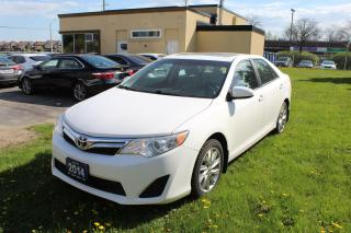 Used 2014 Toyota Camry SE  Sunroof for sale in Brampton, ON