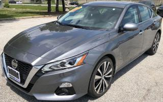 Used 2019 Nissan Altima Platinum for sale in Windsor, ON
