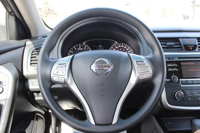 2018 Nissan Altima SV Photo13
