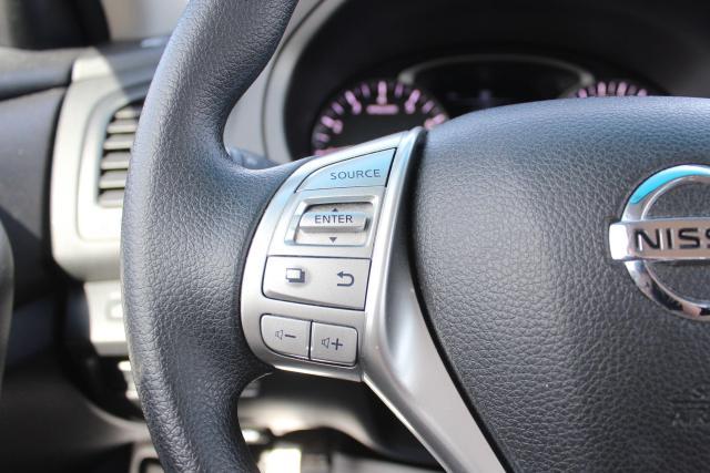 2018 Nissan Altima SV Photo15