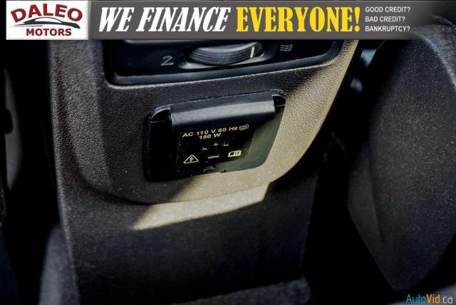 2018 Ford Escape TITANIUM / WITH PREMIUMCARE PROTECTION PLAN Photo16