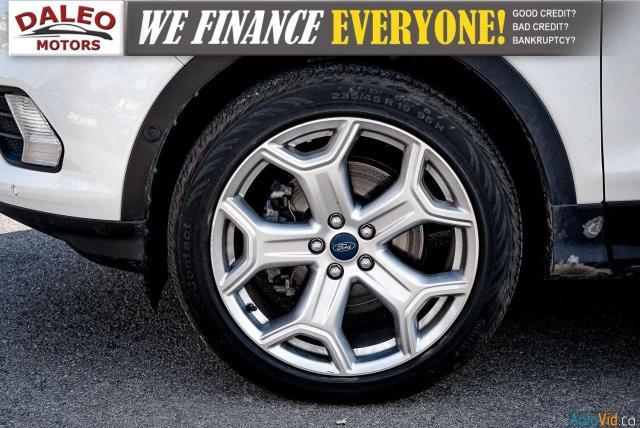 2018 Ford Escape TITANIUM / WITH PREMIUMCARE PROTECTION PLAN Photo26