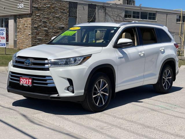 2017 Toyota Highlander Hybrid XLE Navigation /Sunroof /Leather /Camera Photo2
