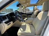 2017 Toyota Highlander Hybrid XLE Navigation /Sunroof /Leather /Camera Photo27