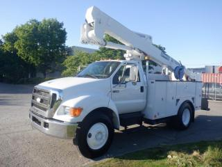 Used 2007 Ford F-750 Bucket Truck Air Brakes Diesel for sale in Burnaby, BC