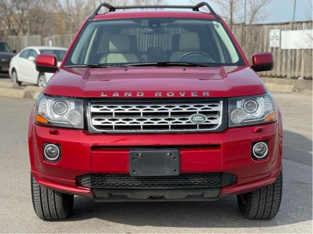 2013 Land Rover LR2 SE Panoramic Sunroof/Leather Photo2