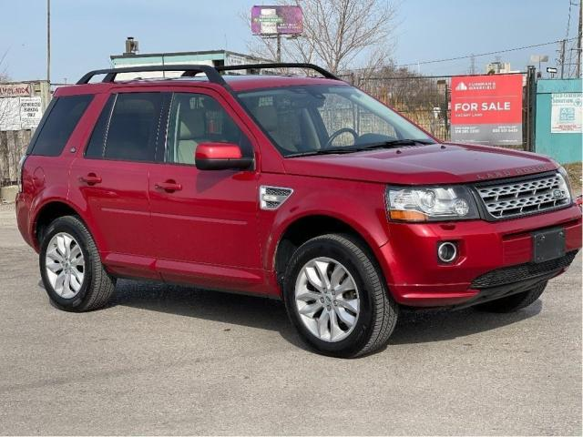 2013 Land Rover LR2 SE Panoramic Sunroof/Leather Photo3