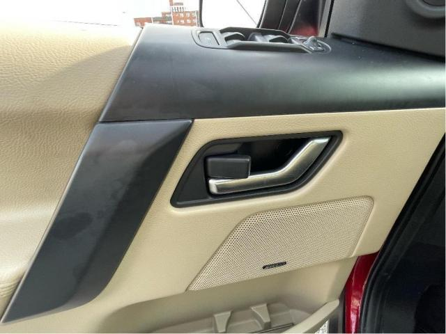 2013 Land Rover LR2 SE Panoramic Sunroof/Leather Photo12