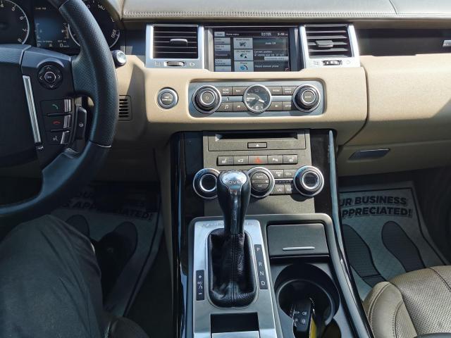 2013 Land Rover Range Rover Sport HSE LUX Photo20