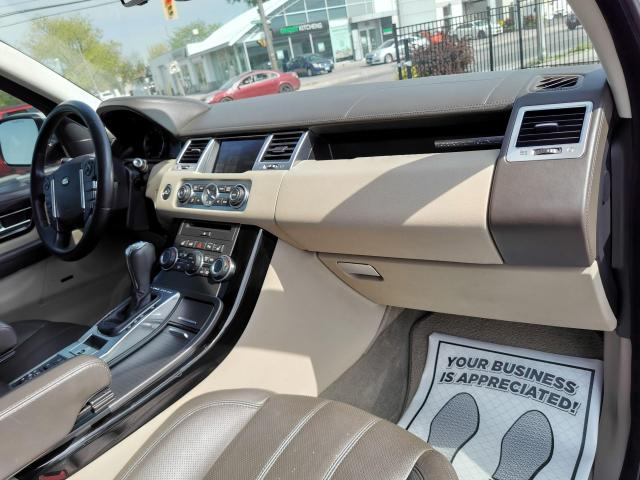 2013 Land Rover Range Rover Sport HSE LUX Photo42